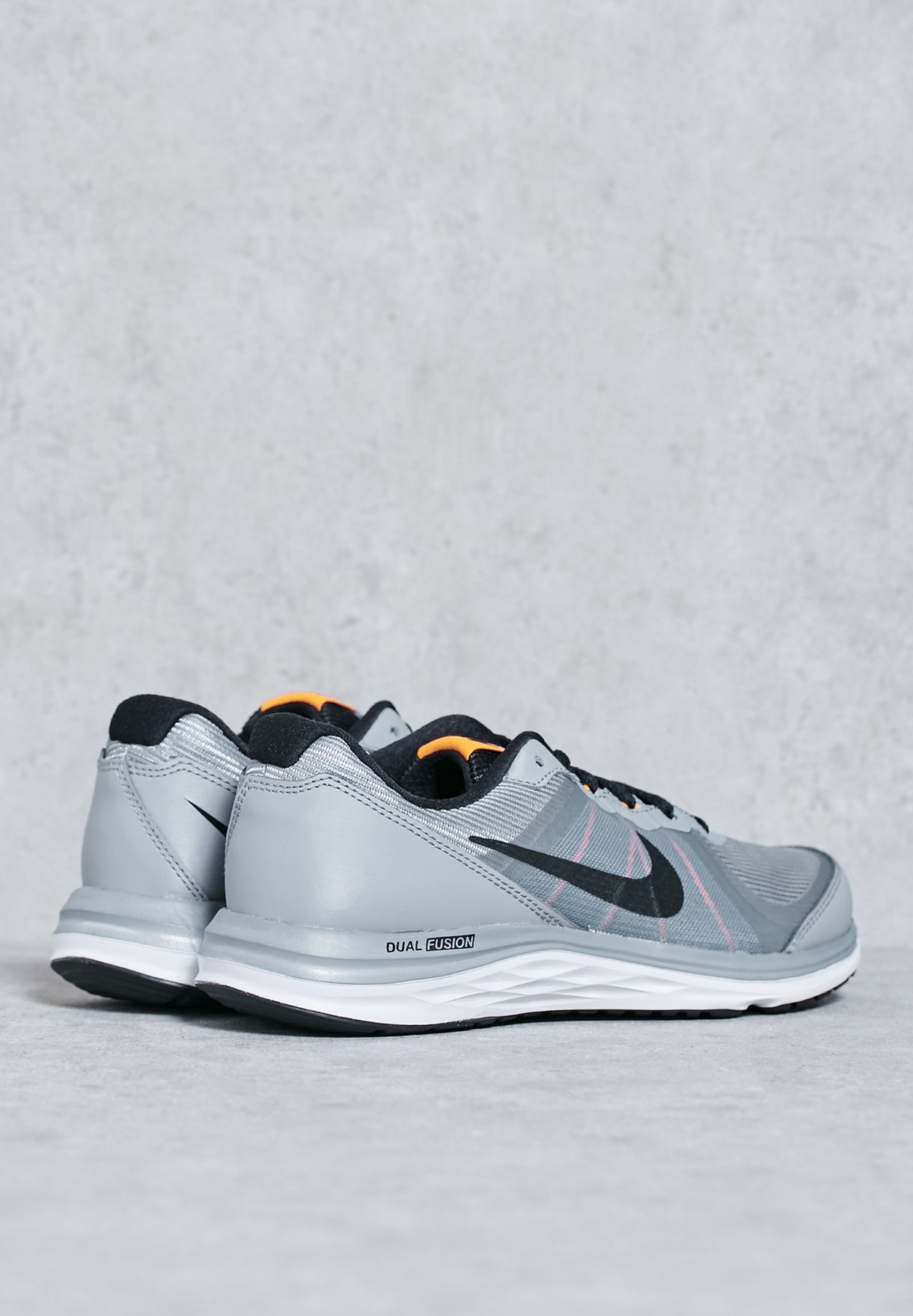 815a94cf1c31 Shop Nike grey Dual Fusion X 2 Youth 820305-005 for Kids in Oman ...