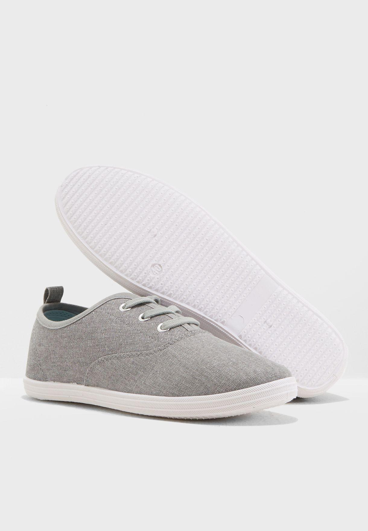 Seline Plain Sneaker