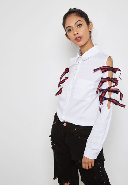 Tie Up Cold Shoulder Shirt