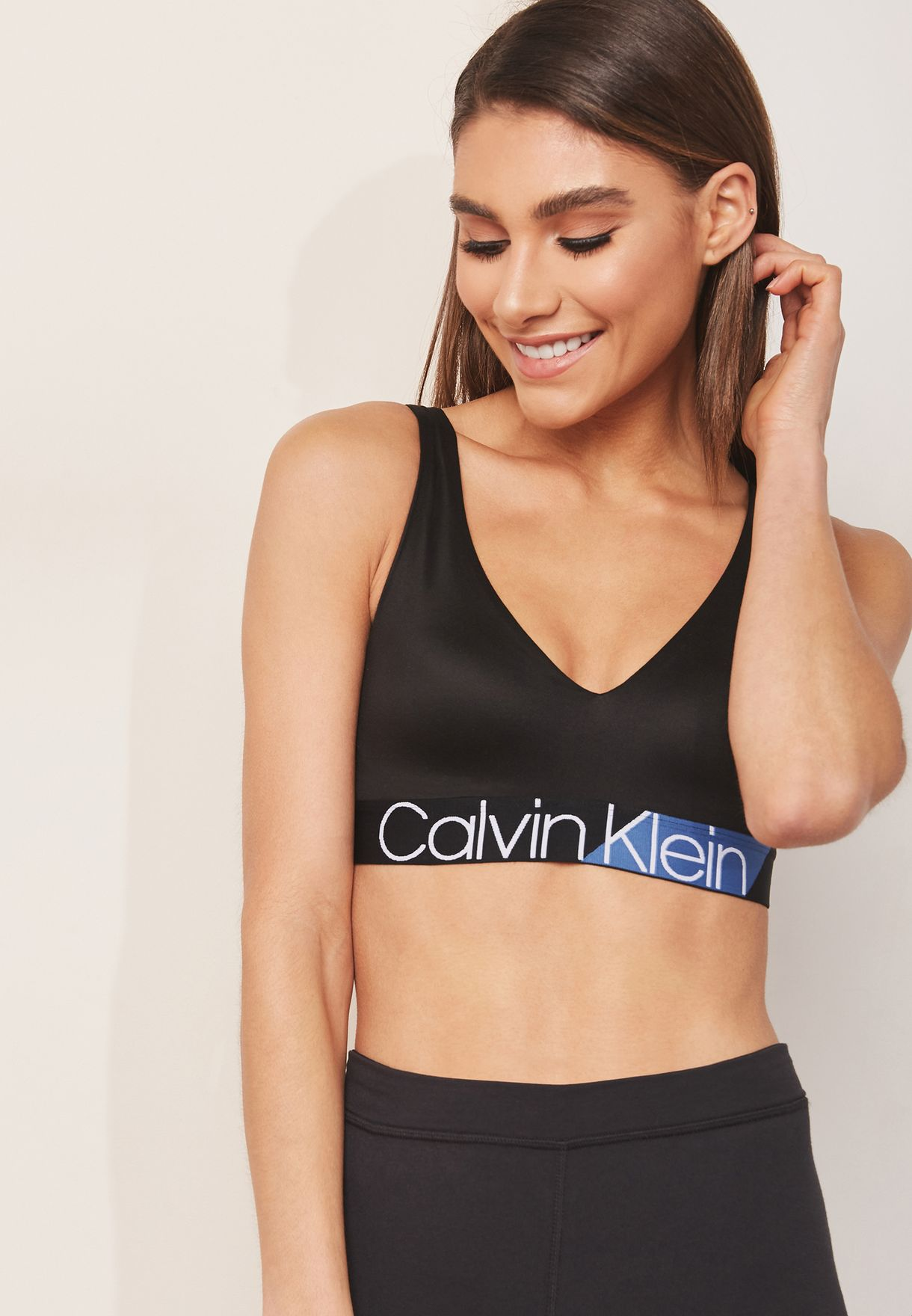 c015f53897a87 Shop Calvin Klein black Logo Band Bra 000QF4936E for Women in UAE ...