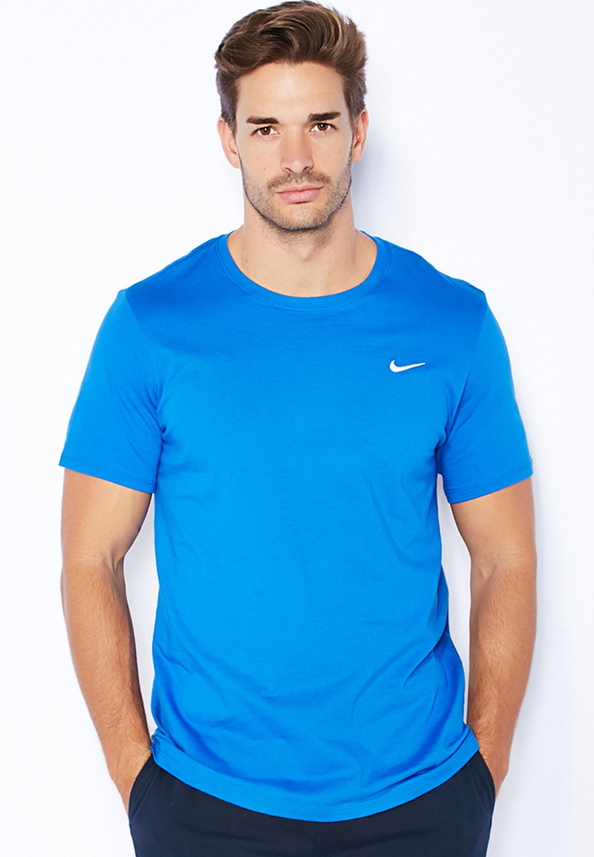 2d730423 Shop Nike blue Embroidery Swoosh T-Shirt 707350-463 for Men in Qatar ...