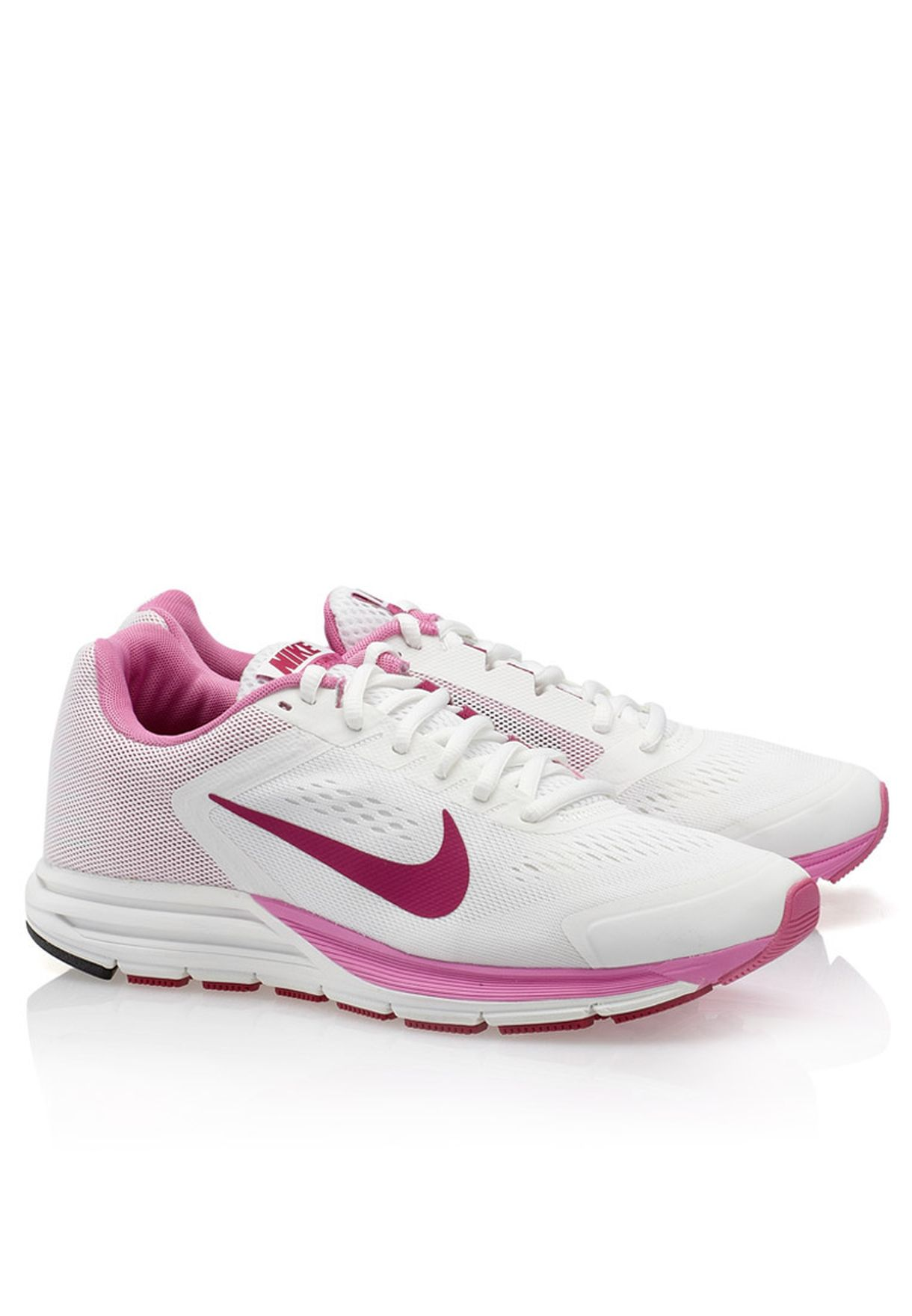 9ccc6b96495fe Shop Nike white Zoom Structure+17 615588-105 for Women in UAE ...