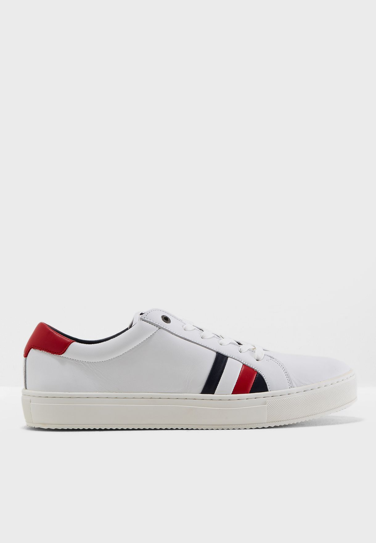 6c7e8fa6a25882 Shop Tommy Hilfiger white Corporate Leather Detail Sneakers ...