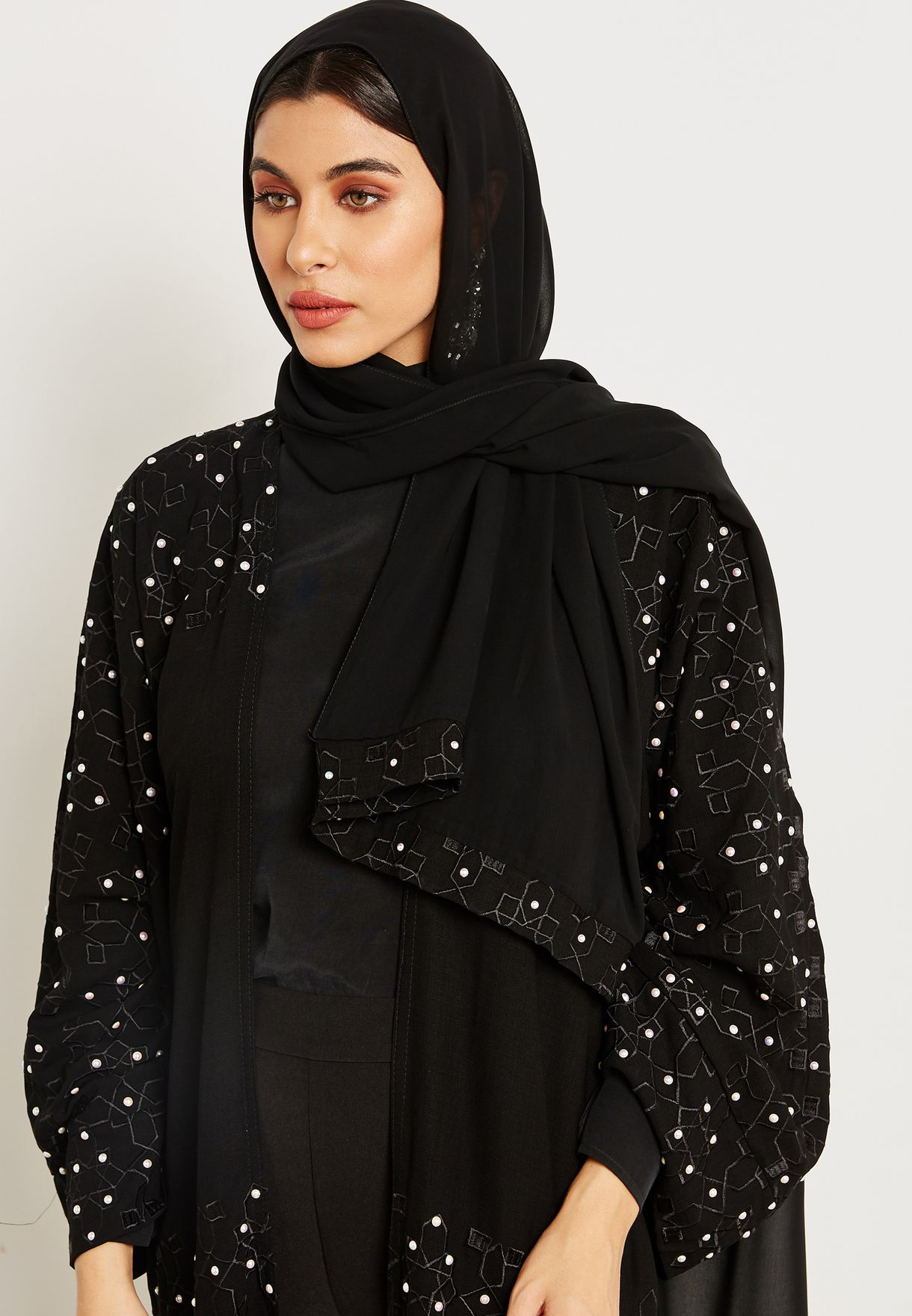Embroidered Pearl Detail Abaya