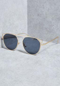 """نظارة شمسية بنمط """"T"""""""