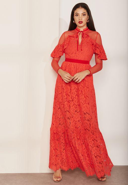 فستان مكسي بأجزاء دانتيل وكشكش