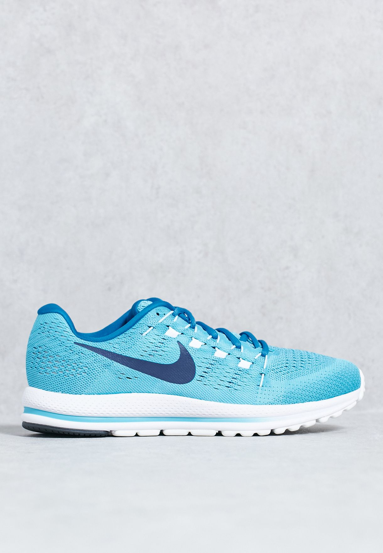 83bb4cafe6973 Shop Nike blue Air Zoom Vomero 12 863762-402 for Men in UAE ...