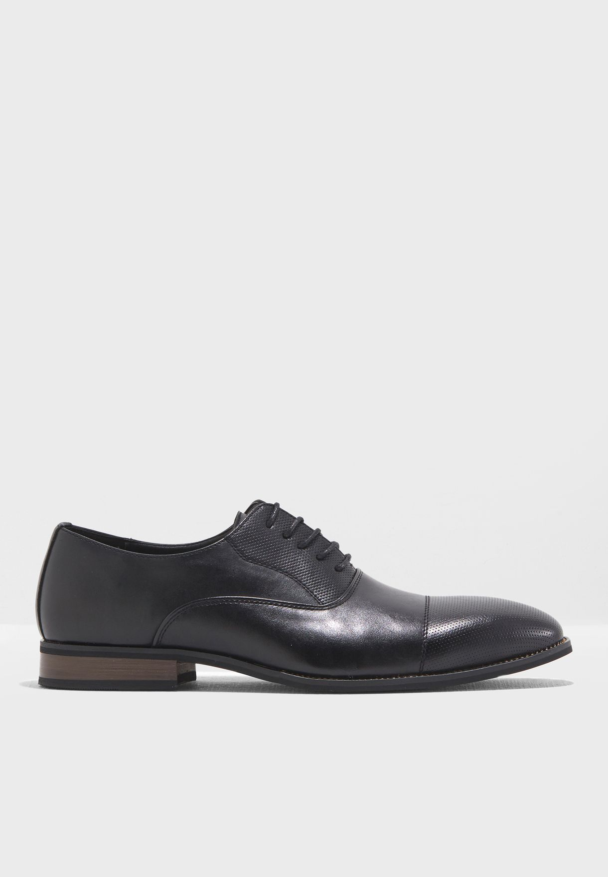 Perforated Toe Cap Oxford Lace Ups