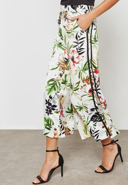 Floral Print Side Paneled Wide Leg Pants