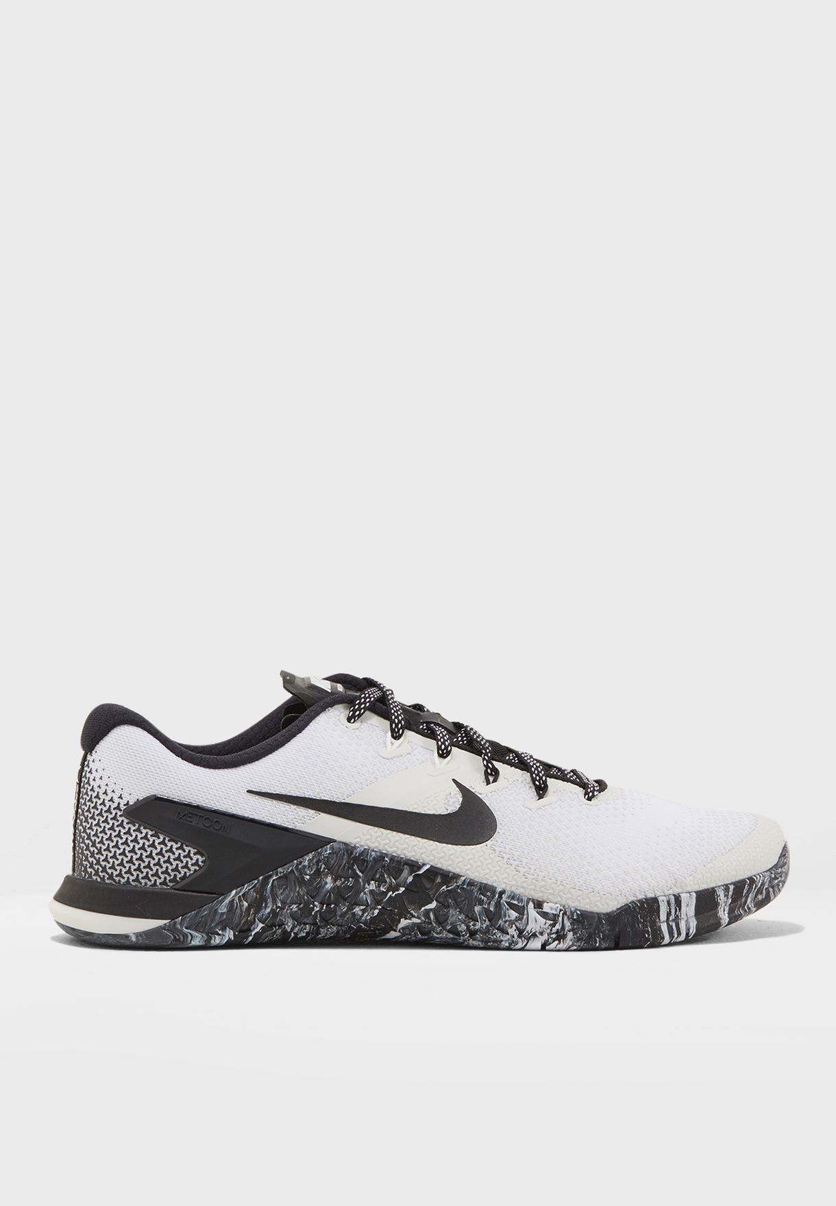 39c1f19b820c Shop Nike monochrome Metcon 4 AH7453-101 for Men in UAE - NI727SH91PUE
