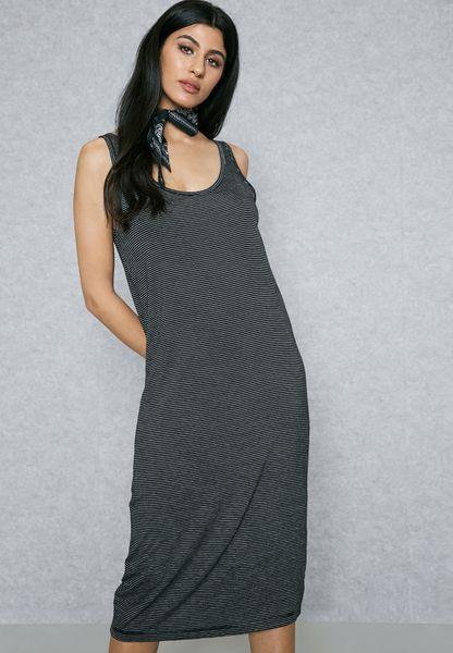 فستان ميدي مخطط