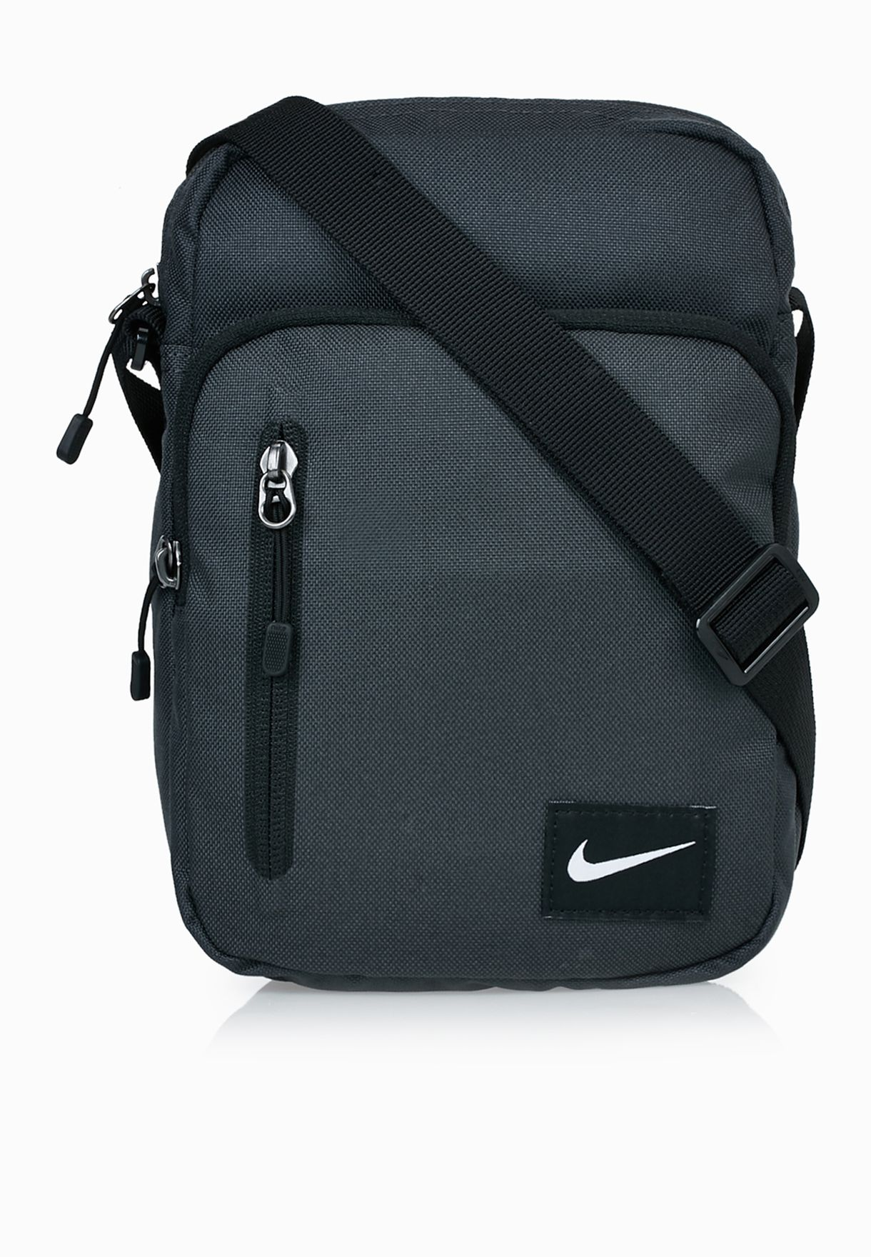 df54fd62fff Shop Nike grey Small Core Messenger BA4293-061 for Men in Oman -  NI727AC81CGC