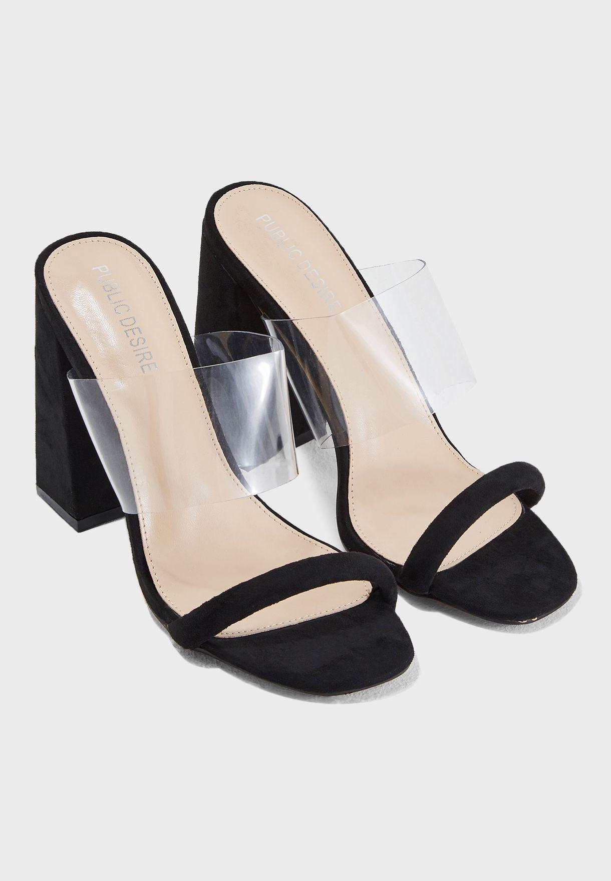 حذاء بكعب سميك مرتفع