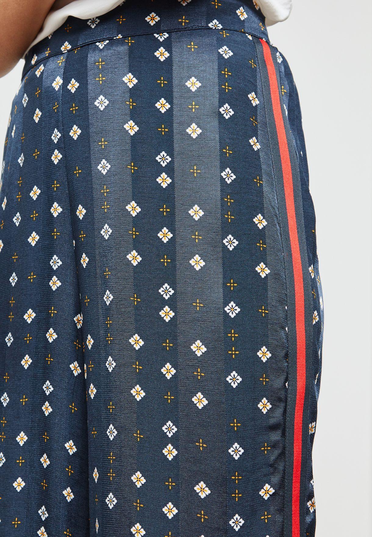 Printed Side Panel Pants Co-Ord