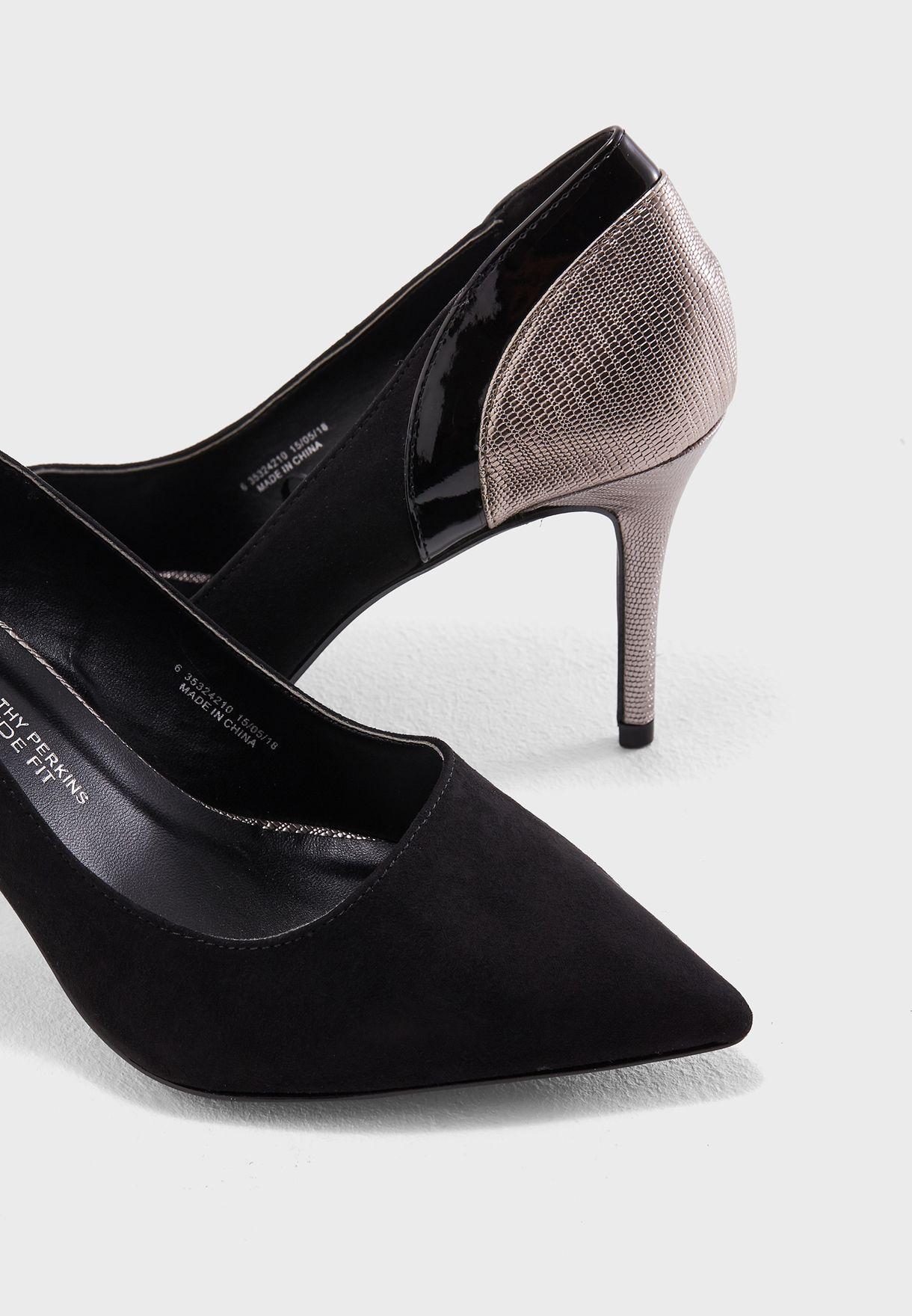 Wide Fit Gallop Metallic Court Shoe