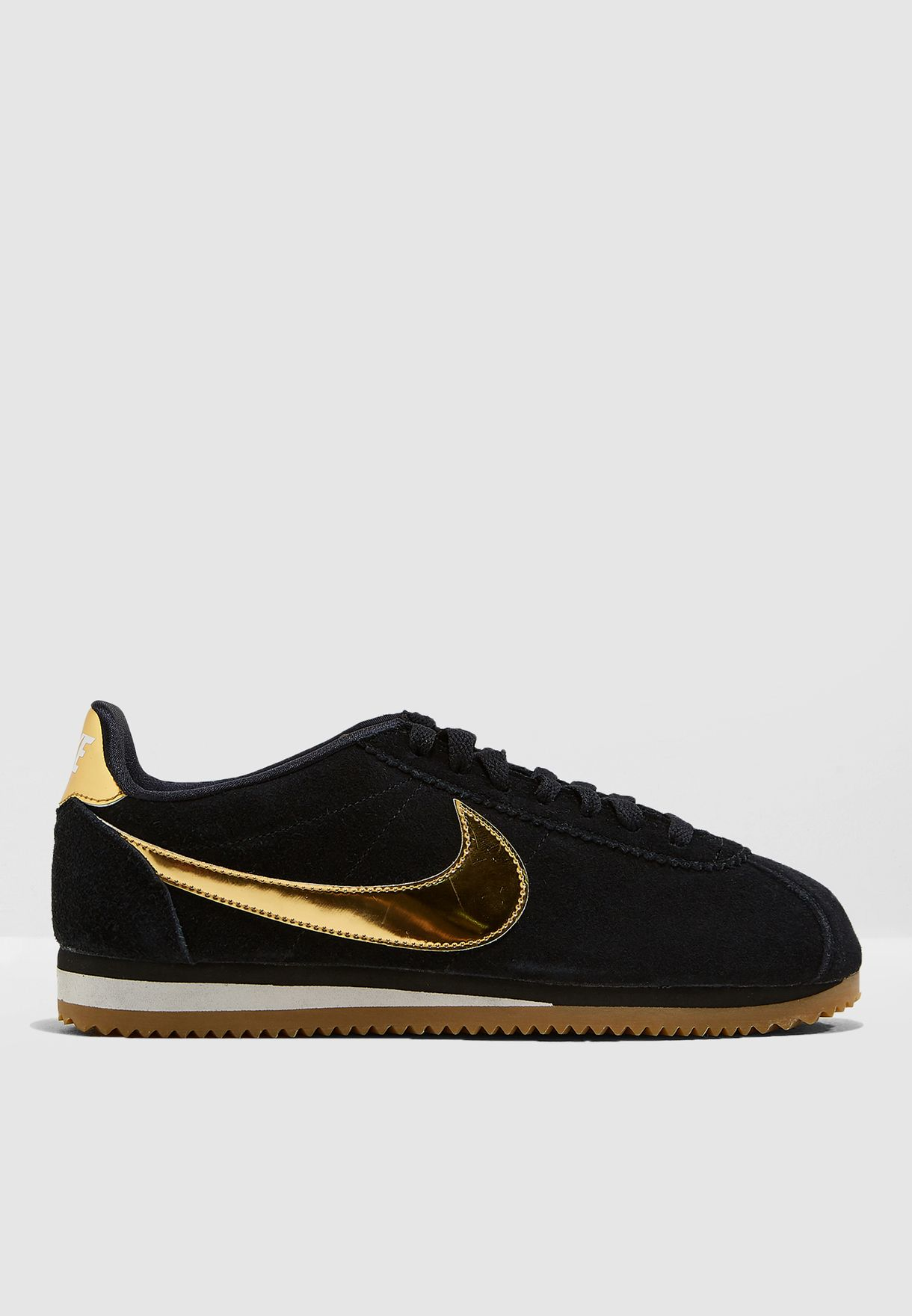 Shop Nike black Classic Cortez SE 902856-014 for Women in Saudi -  NI727SH71NXS 4821dcefd