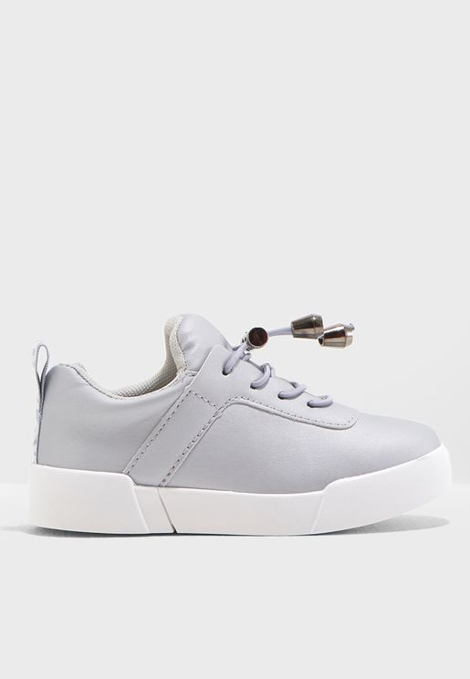 Youth Aggie Sneaker