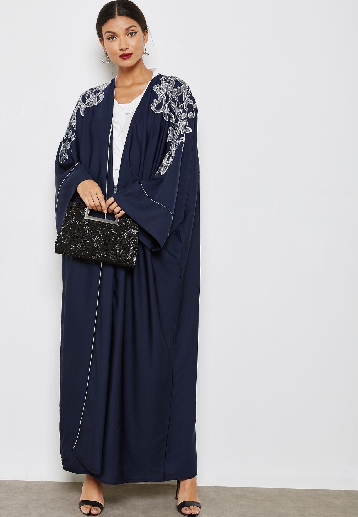 Embroidered Detail Abaya