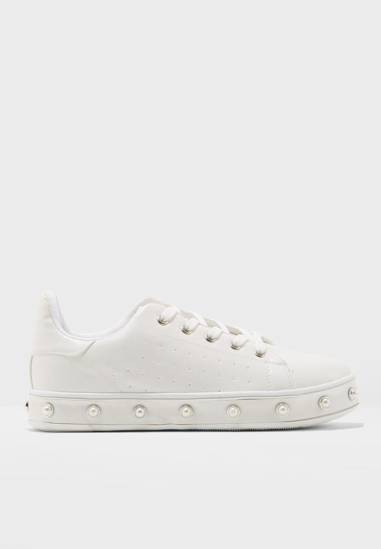 Barbra Sneakers