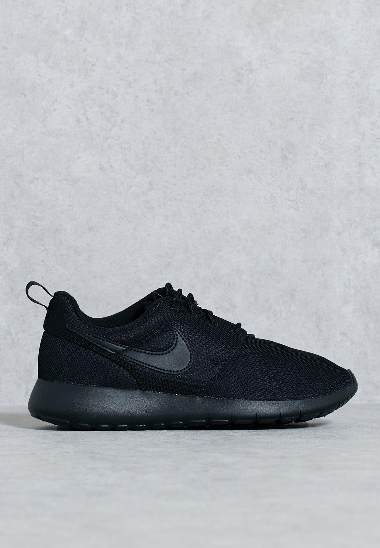 pretty nice b01e7 a95ff Shop Nike black Roshe One Youth 599728-031 for Kids in Bahrain ...
