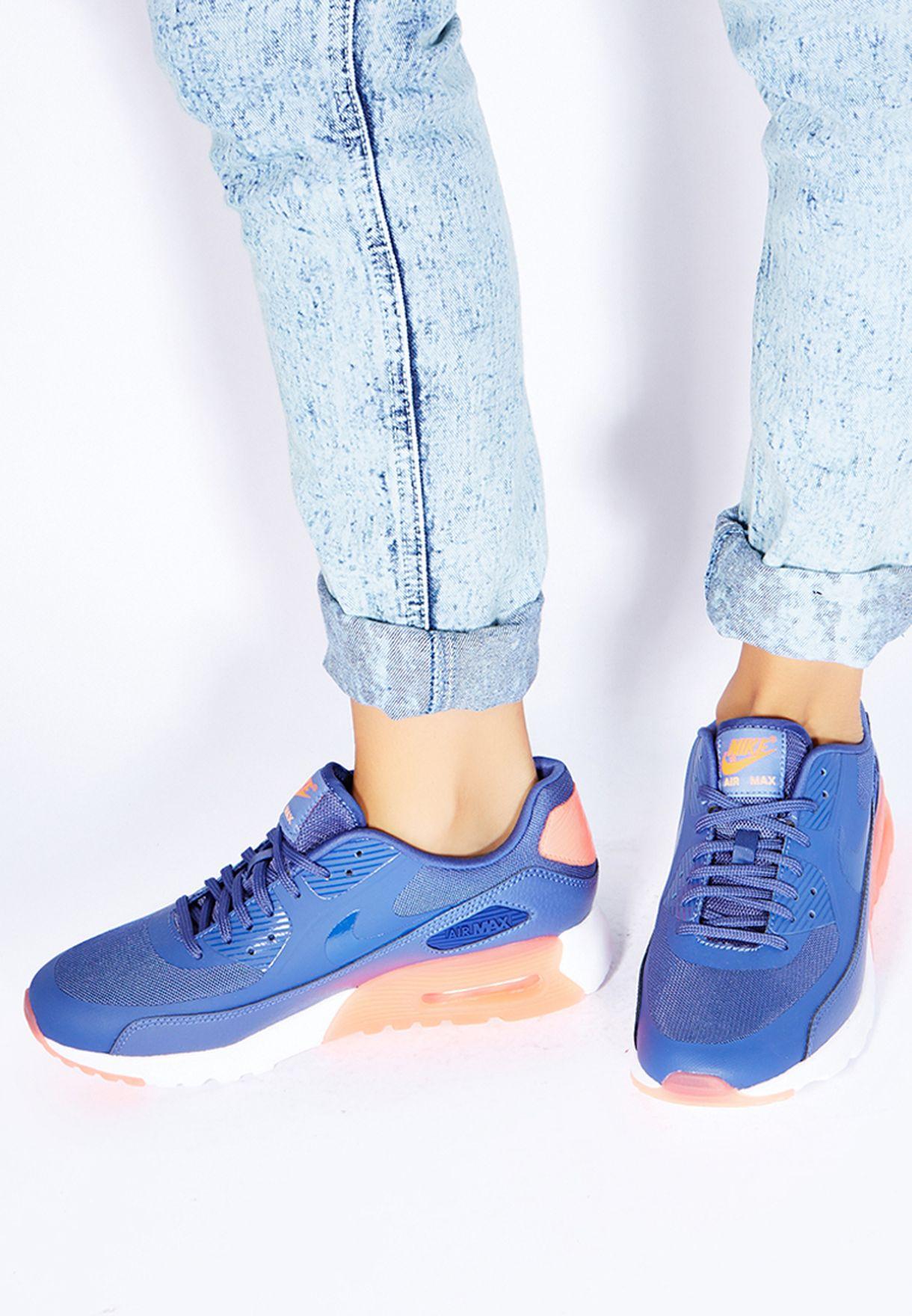Air Max 90 Ultra Essential Sneakers