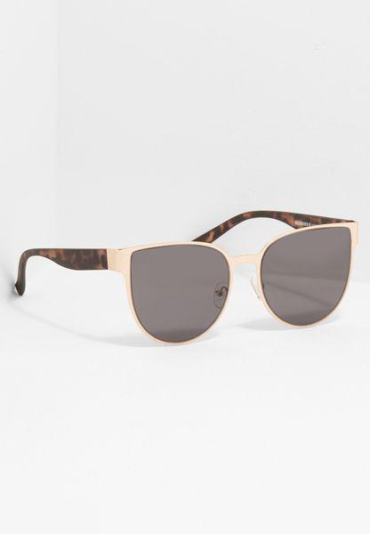 Flat Metal Cat Eye Sunglasses