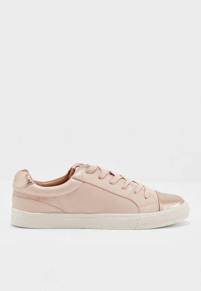 Monotone With Metallic Sneaker