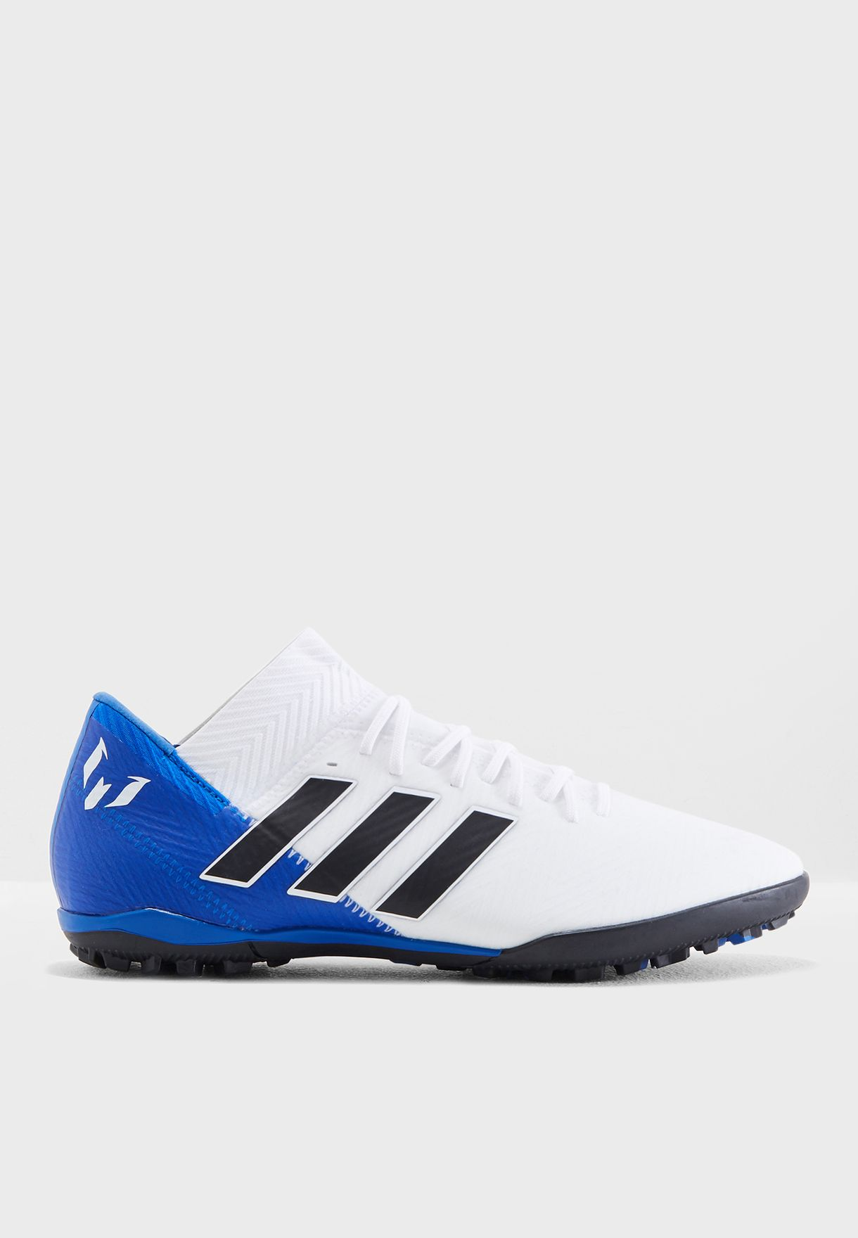 1c1ff54bf8e92 تسوق حذاء نيميزيز ميسي تانجو للارض العشبية ماركة اديداس لون أبيض ...
