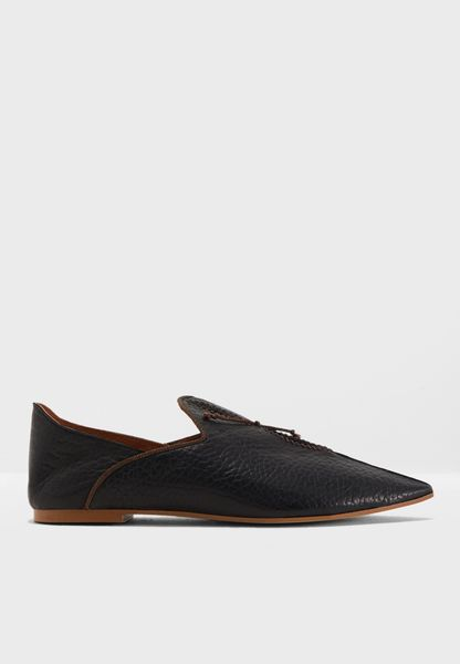 Lucia Flat Moccasin