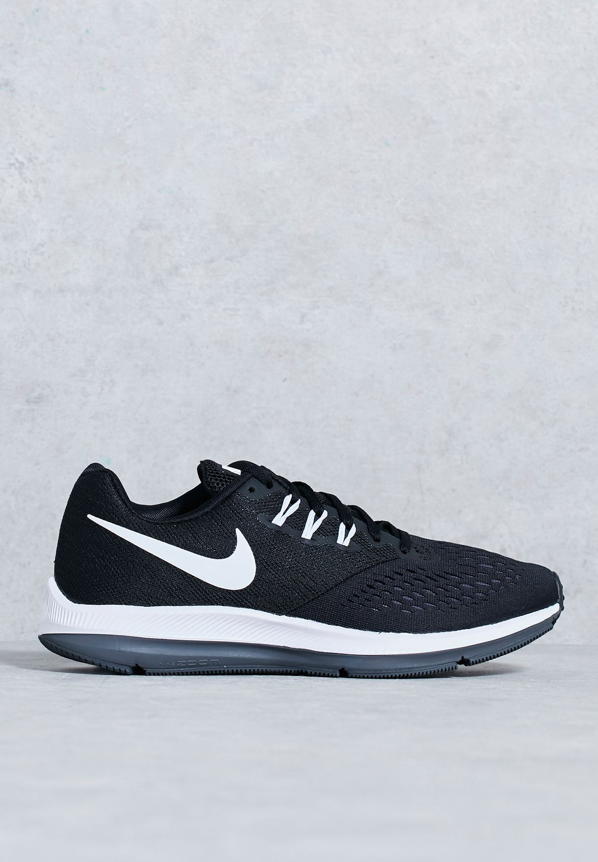 competitive price 71f98 ea8bf Zoom Winflo 4