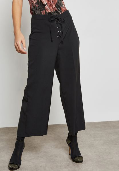 Lace Up Cropped Pants
