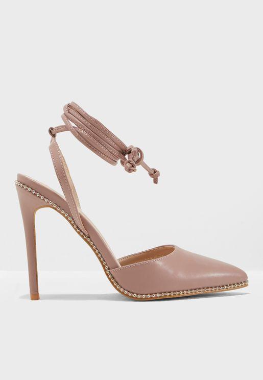 حذاء كلاسيكي بأربطة كاحل
