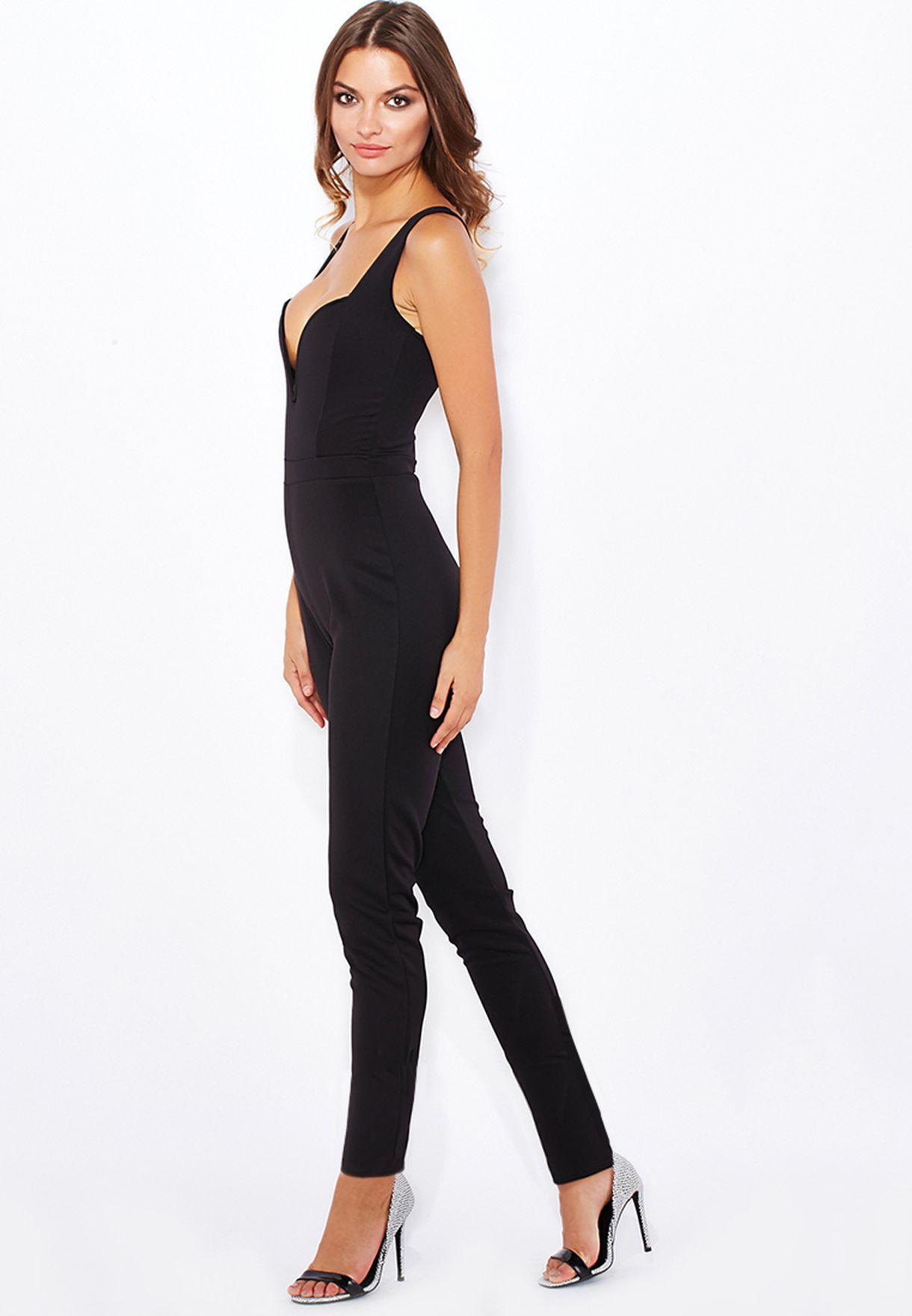 09fa079726e54 Shop Boohoo black Plunge Neck Jumpsuit AZZ22184 for Women in Bahrain ...