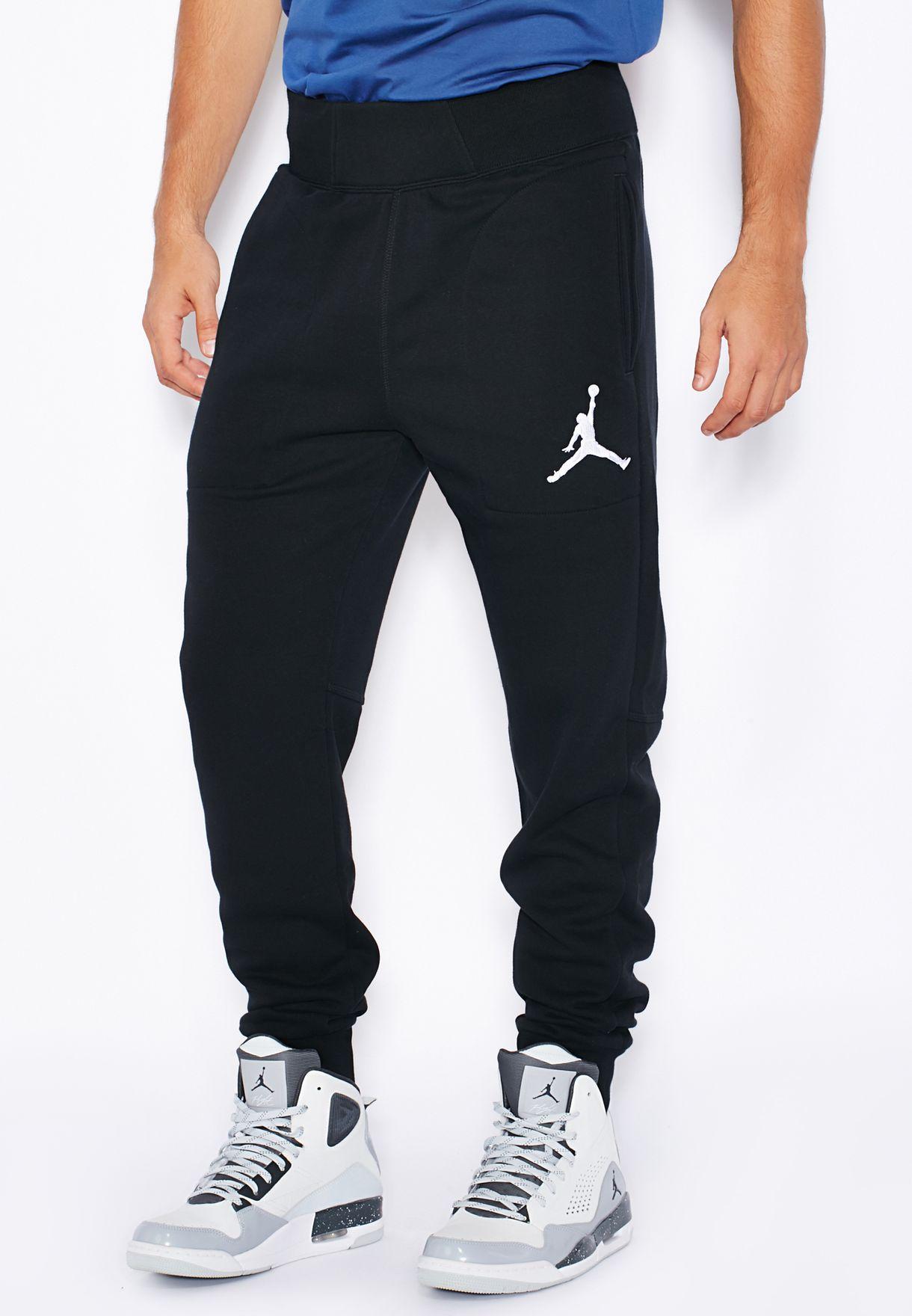 2c1aea0dcb3277 Shop Nike black Jordan Varsity Sweatpants 689016-010 for Men in UAE ...