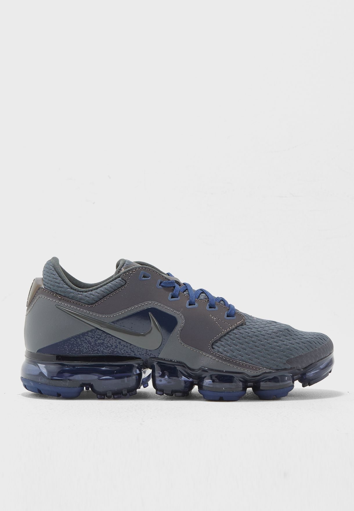 ... greece e42e7 0f8a9 Shop Nike navy Air Vapormax R AJ4469-002 for Men in  Bahrain ...