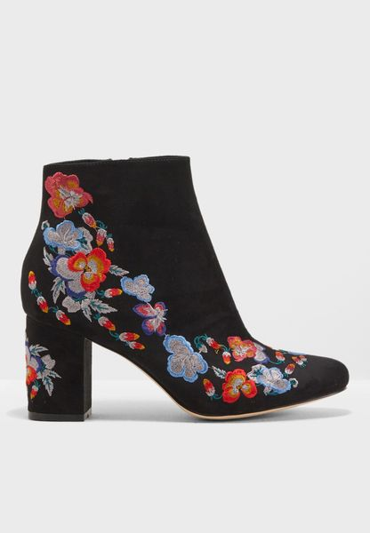 Billy Embroidered Boot