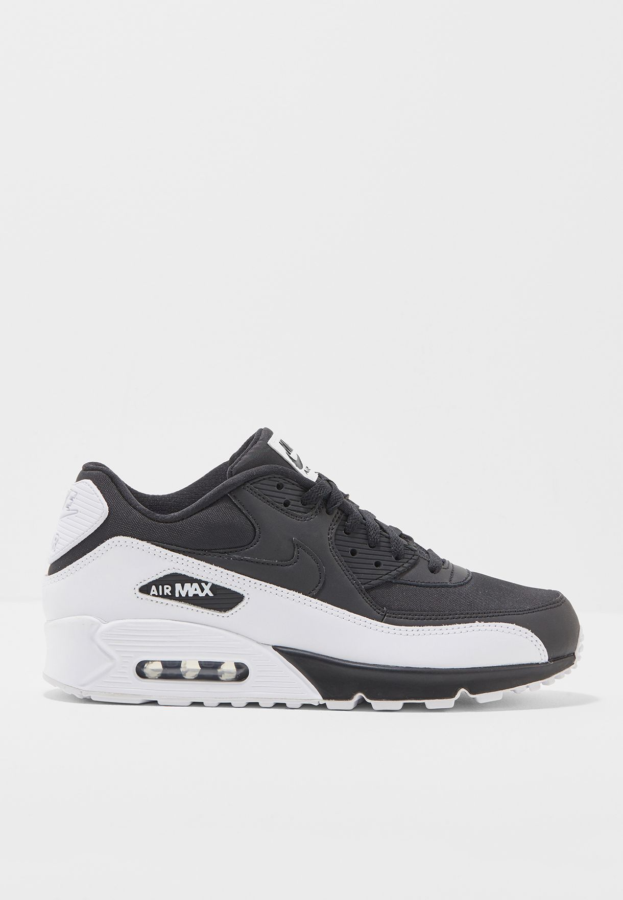 huge selection of 4f8f9 2ade1 Shop Nike black Air Max 90 Essential 537384-082 for Men in UAE -  NI727SH51NCQ