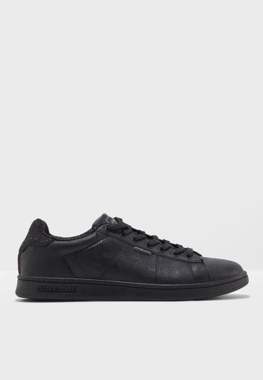 Bane Sneakers