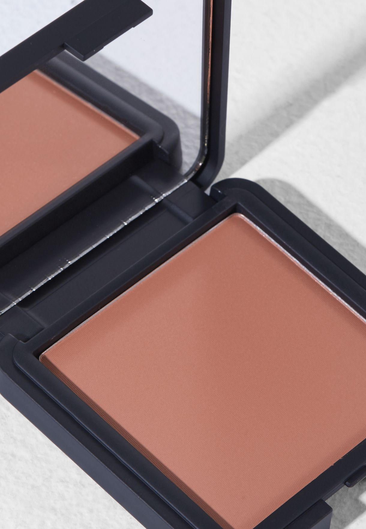 The Bronzer Powder 104