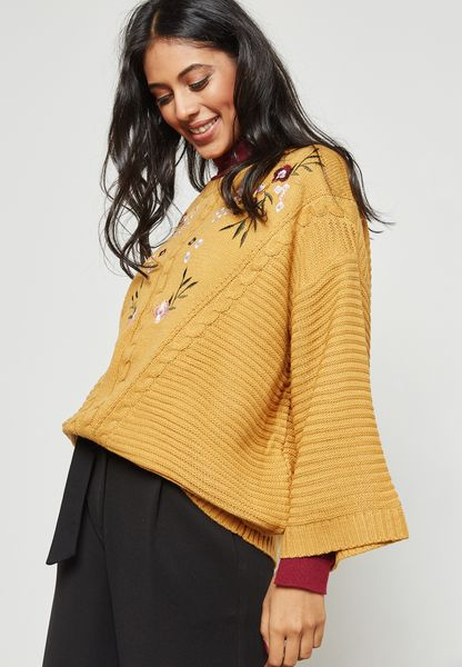 Embroidered Wide Sleeve Sweater