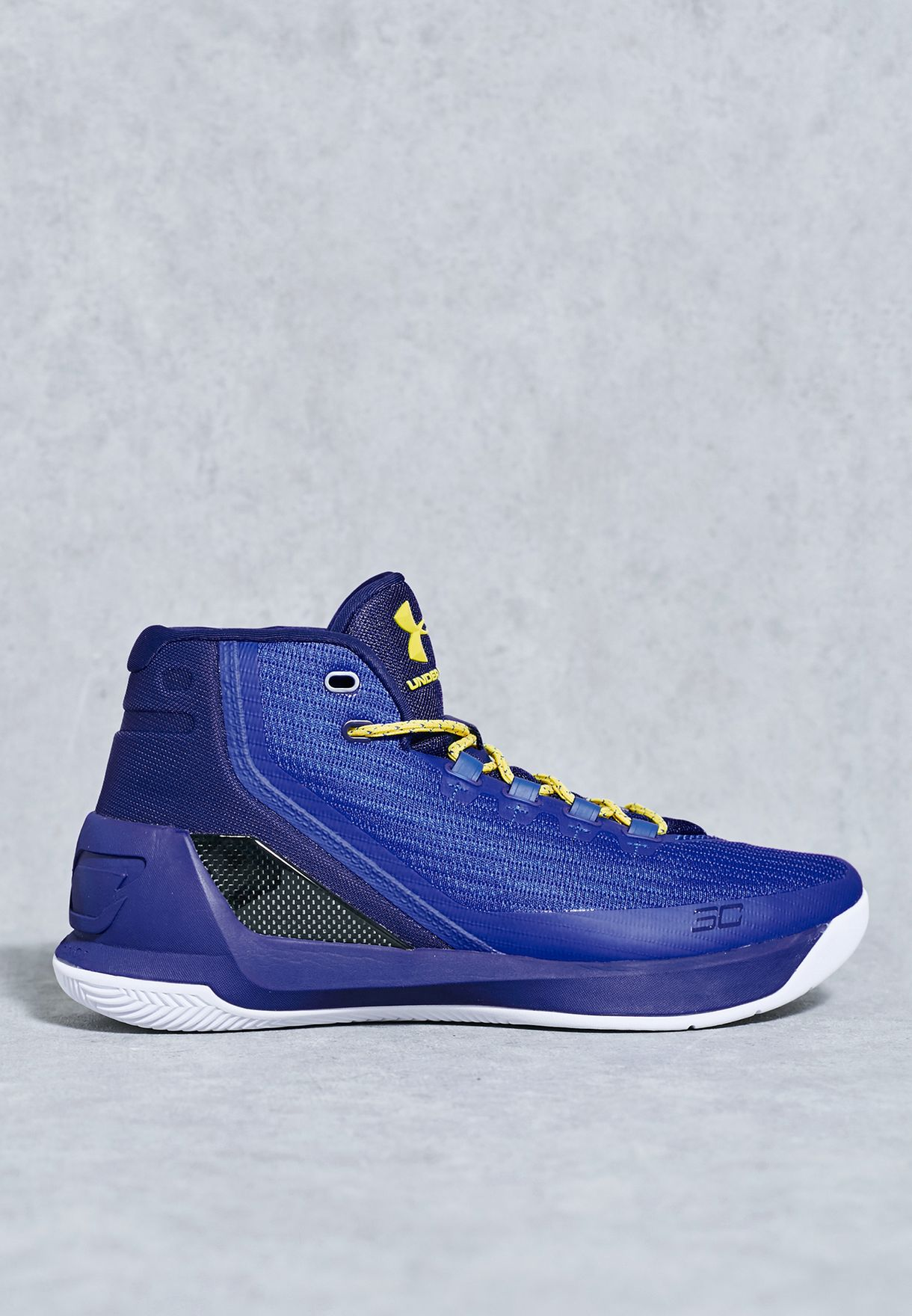 6bb7852731a3 Shop Under Armour blue Curry 3 1269279-400 for Men in UAE - UN700SH41DTY