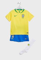 1650e313c394a تسوق طقم رياضي بشعار منتخب البرازيل لكرة القدم ماركة نايك لون أصفر  894037-749 في السعودية - NI727AT41HFY