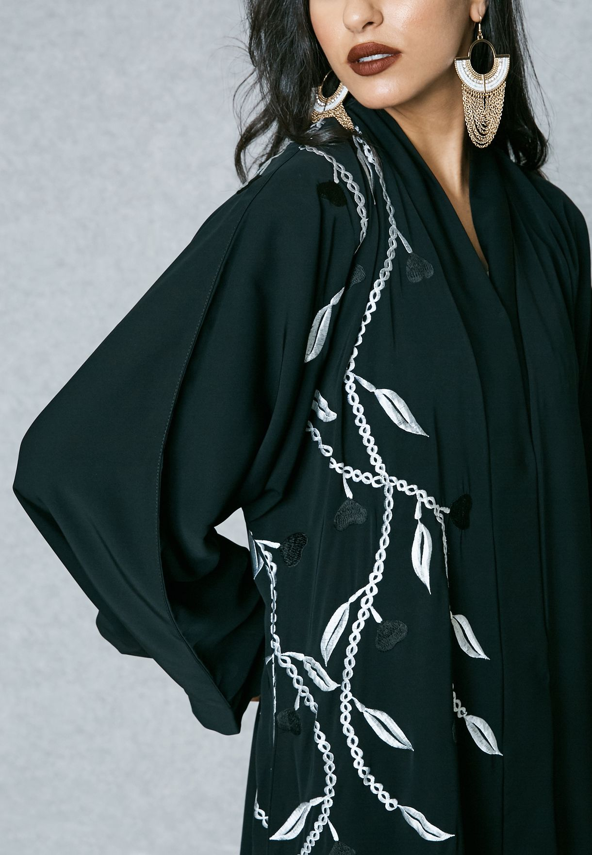 One Side Embroidered Detail Abaya