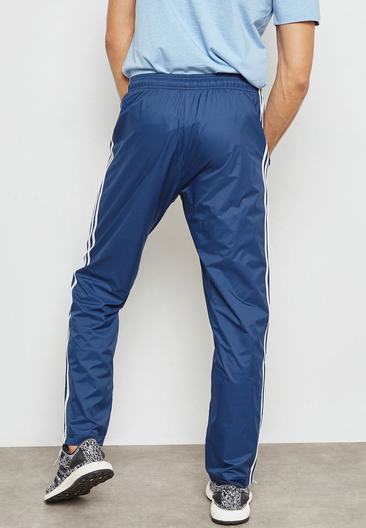 Giotto Dibondon celestial Irónico  Buy adidas blue Essential 3 Stripe Sweatpants for Men in MENA, Worldwide |  CD7078