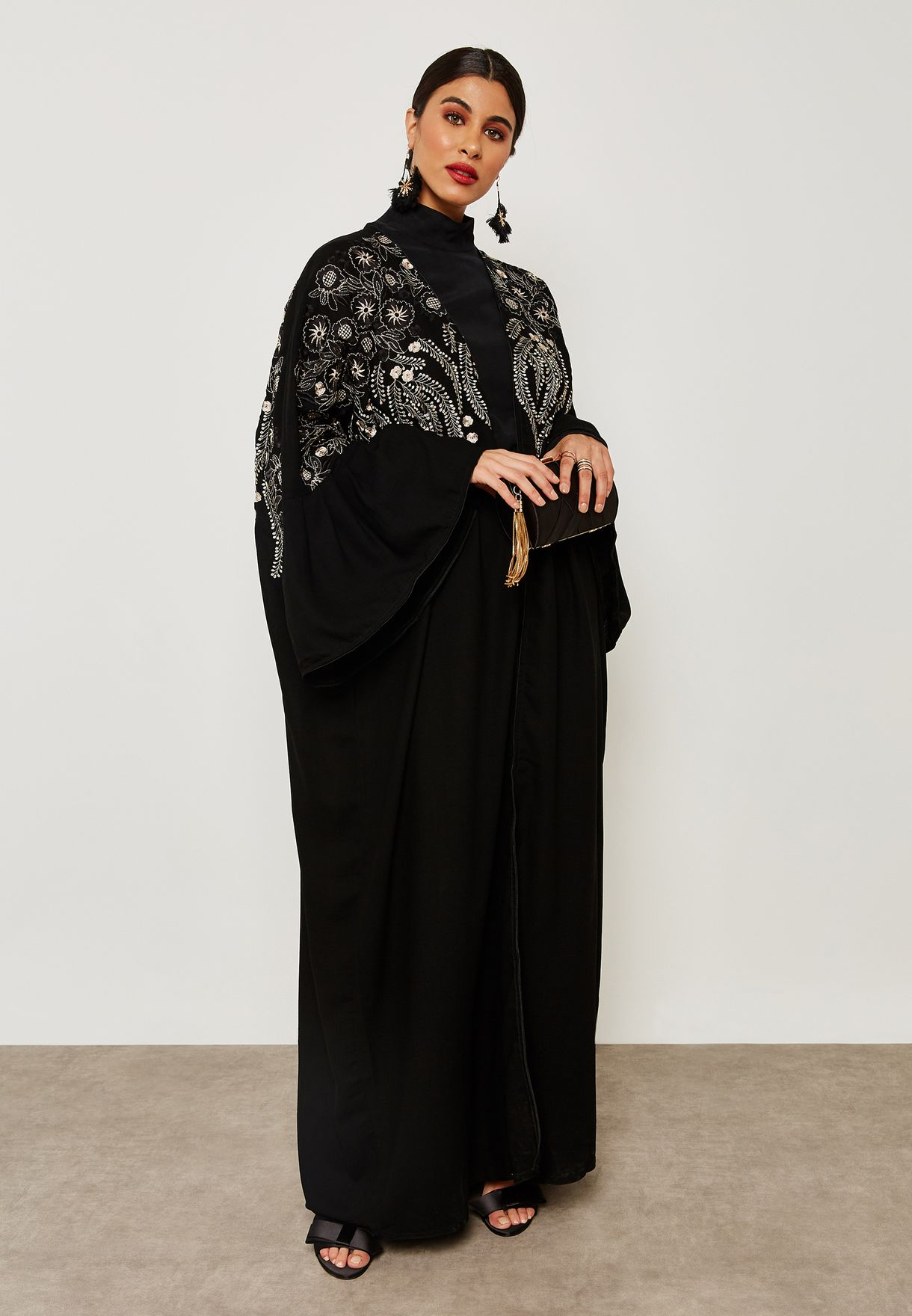 Pleated Sleeve Embroidered Top Abaya
