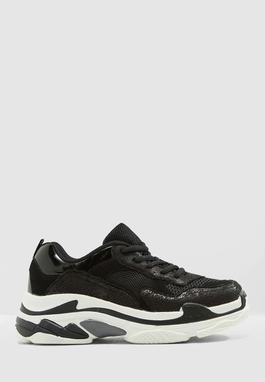 6300ca18fec Chunky Sneaker With Contrast Sole