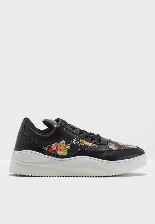 Bun Low Top Sneaker