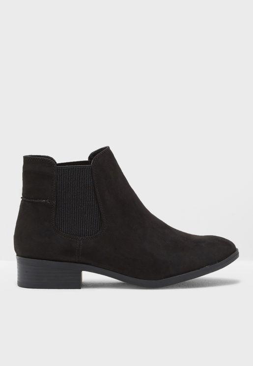 Monty Chelsea Boot
