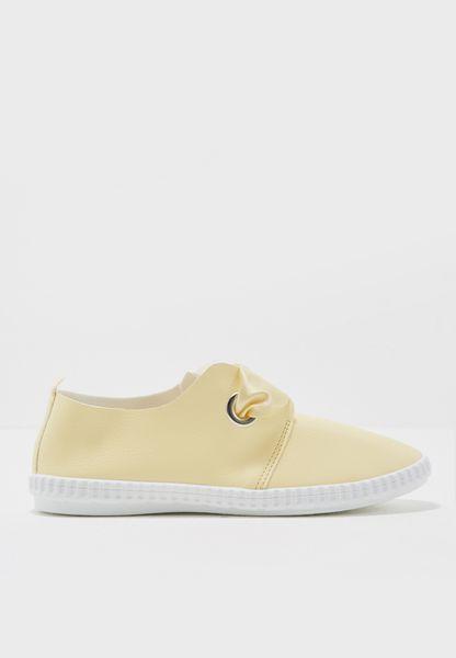 Nayam Flat Shoes