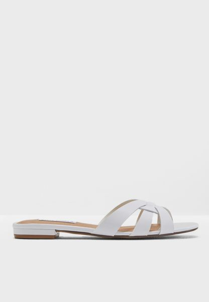 Shop Steve Madden white Kindly Flat Sandal KINDLY for Women in UAE -  ST977SH21QKG